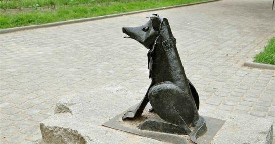 Памятник Гаврюше