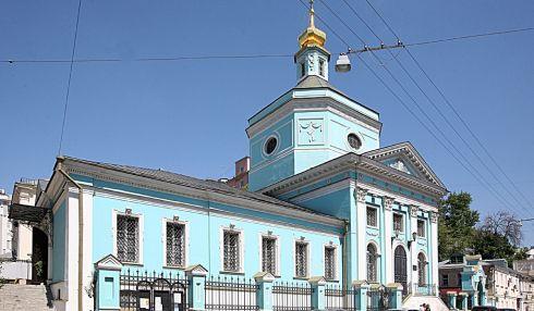 Храм Троицы Живоначальной в Серебряниках