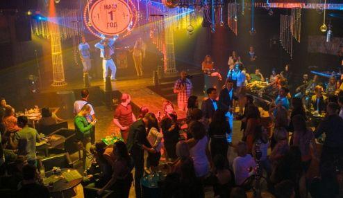 в ночном клубе в иркутске