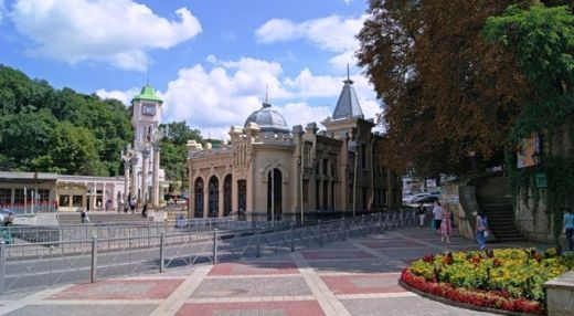 Железнодорожный вокзал Кисловодска