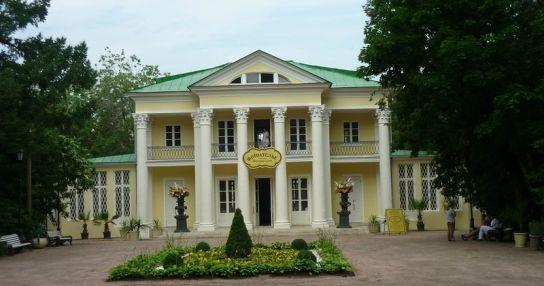 Летний домик графа Орлова